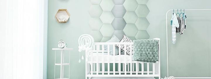 Sprytne sposoby na dekorację ścian w pokoju dziecka