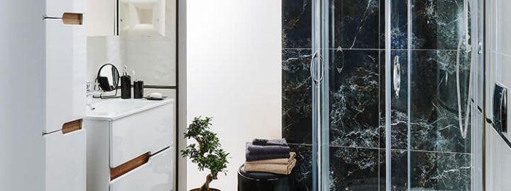 Stylowa łazienka z marmurem