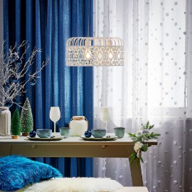 Metalowe lampy do klasycznych wnętrz
