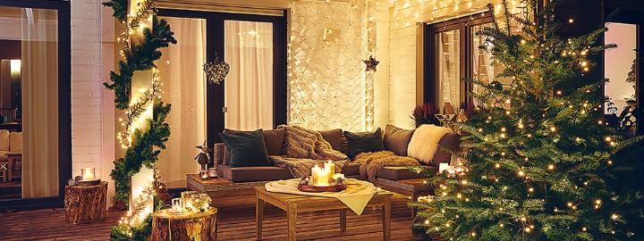 Dekorowanie tarasu i balkonu na Boże Narodzenie