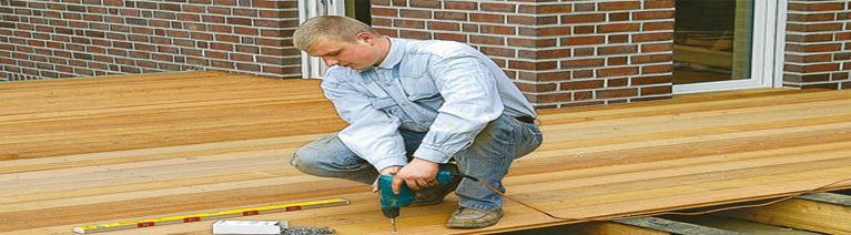 Drewniany taras - jak wybierać, układać i zabezpieczać deski?