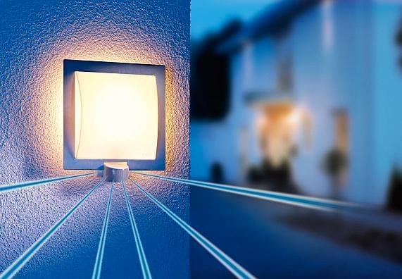 Oświetlenie: technologia sensorowa  i czujniki ruchu