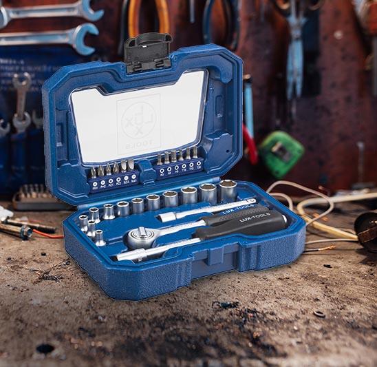 LUX Zestaw kluczy nasadowych i bitów 22-częściowy